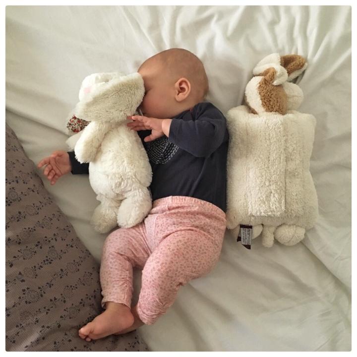 Accompagnement au sommeil : 40 témoignages sur les bénéfices et les séquelles du manque d'accompagnement
