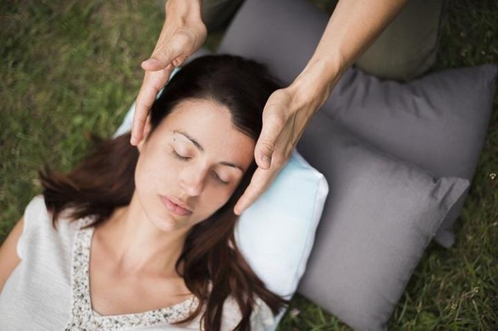 Comment l'hypnose et la méditation peuvent-elles m'aider dans ma parentalité?